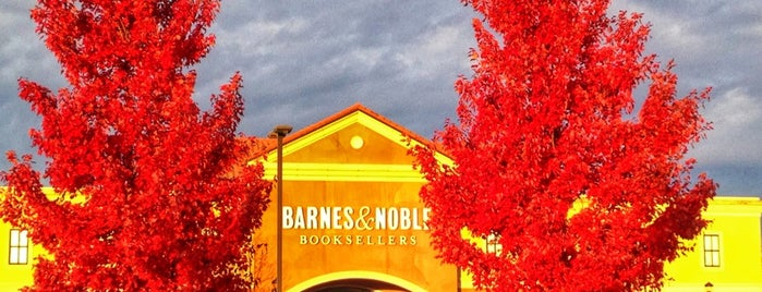 Barnes & Noble is one of Posti che sono piaciuti a Breanna.