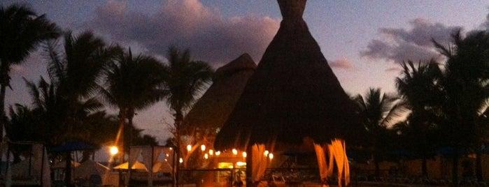 The Reef Playacar Resort & Spa is one of Cindy'in Beğendiği Mekanlar.