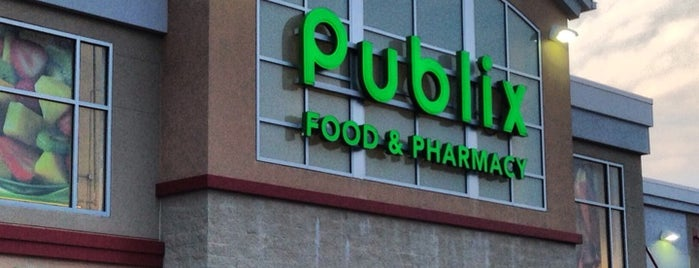 Publix is one of Locais curtidos por Drbiffs.