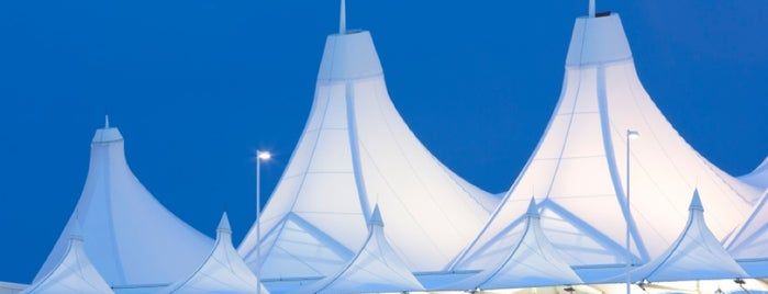 Aéroport international de Denver (DEN) is one of places to go.