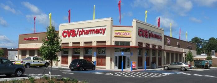 CVS pharmacy is one of Orte, die Charles gefallen.