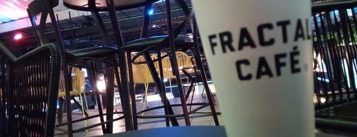 Fractal Café is one of Elías'ın Beğendiği Mekanlar.