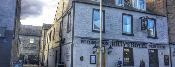 Jolly's Hotel (Wetherspoon) is one of Pubs - JD Wetherspoon 2.
