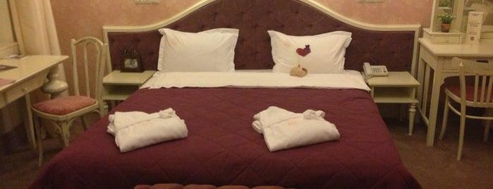 Hotel 19 is one of Если ты в Харькове.