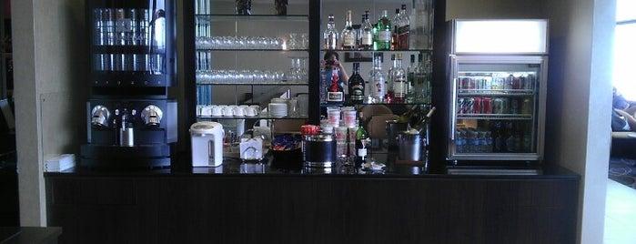 Singapore Airlines SilverKris Lounge is one of Ben'in Beğendiği Mekanlar.