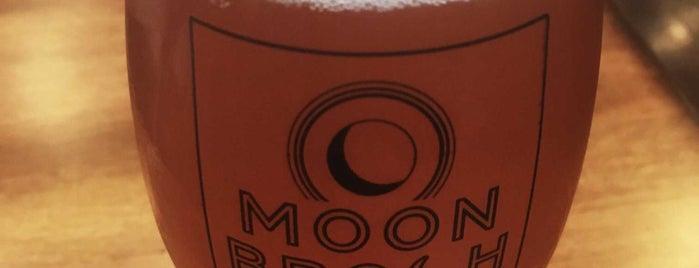 Moonbroch Brewing Company is one of Orte, die Brandy gefallen.