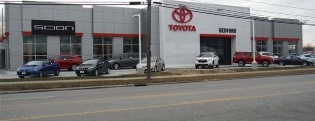 Toyota of Bedford is one of Tempat yang Disukai John.