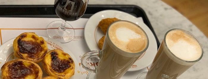 Fábrica Da Nata is one of TRAVEL coffee.