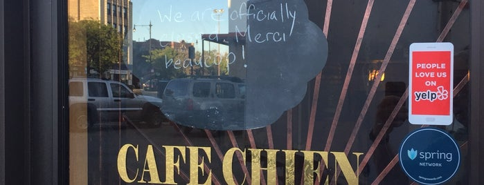 Cafe Chien is one of Lieux qui ont plu à Mackenzie.