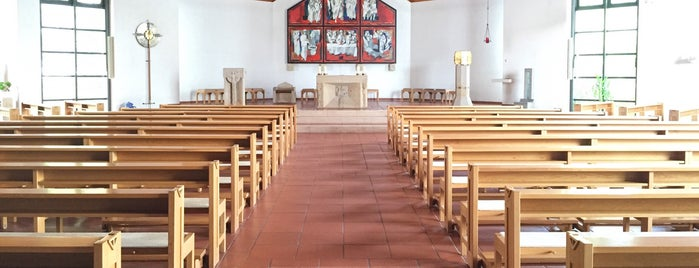 St. Maximilian Kolbe is one of Katholische Kirchen in Schweinfurt.