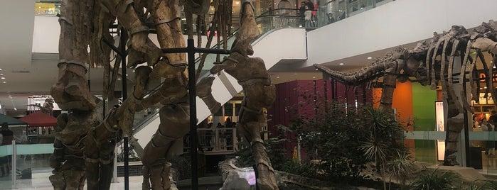 HUNNU Mall is one of Locais curtidos por Pelin.