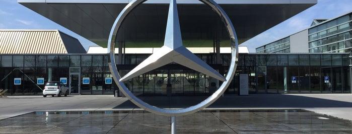 Mercedes-Benz Kundencenter is one of 4sq365de (1/2).