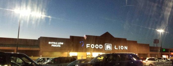 Food Lion Grocery Store is one of Orte, die Justin gefallen.
