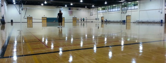 Belk Gym - UNC Charlotte is one of Orte, die Alex gefallen.
