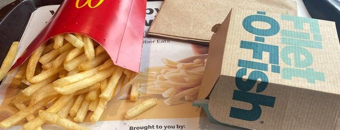 McDonald's is one of Tempat yang Disukai Danyel.