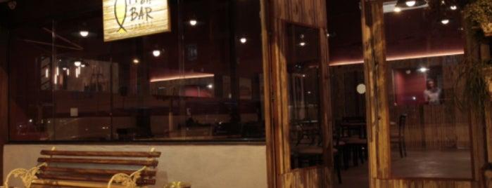 Fish Bar Santos is one of Orte, die Tamires gefallen.