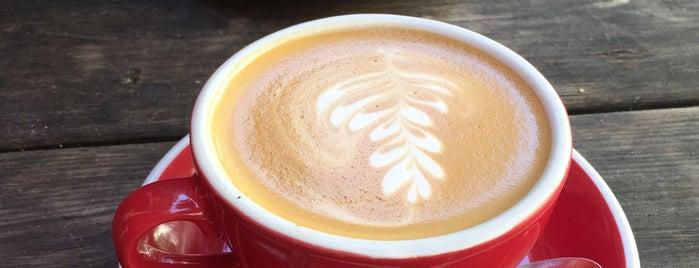 Silo Coffee is one of Tempat yang Disukai Andrew.