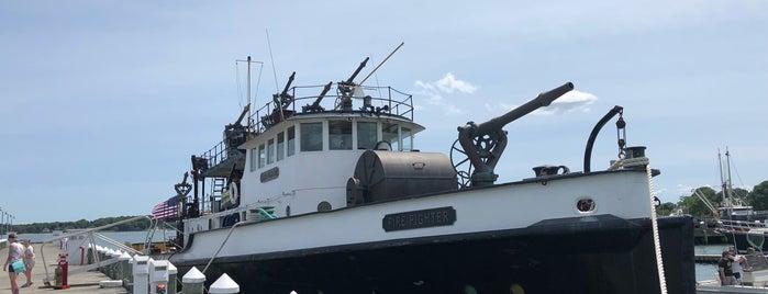 Fire Fighter FDNY Fireboat is one of Elaine: сохраненные места.