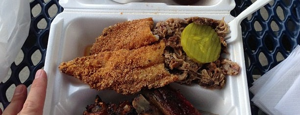 Ebony & Ivory Chicken Catfish & BBQ is one of Must-visit Food in Atlanta.