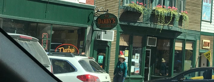 Darby's Restaurant is one of Posti che sono piaciuti a Dana.