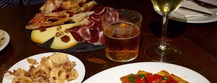 Bar España is one of Mallorca Food and Drinks.