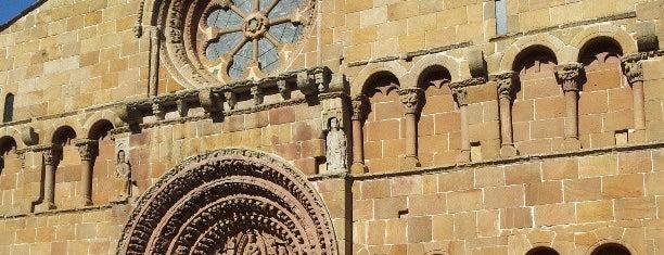 Soria is one of Capitales de provincia.