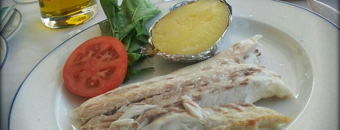 Deniz Restaurant is one of Posti che sono piaciuti a ALpEr.
