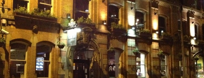 Rain Bar is one of Manchester.
