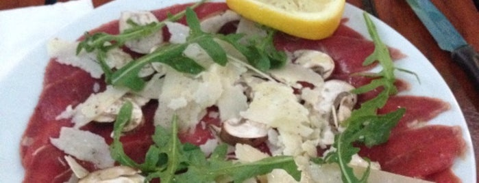 Ristorante Pizzeria il Pomodoro is one of Sehnaz'ın Kaydettiği Mekanlar.