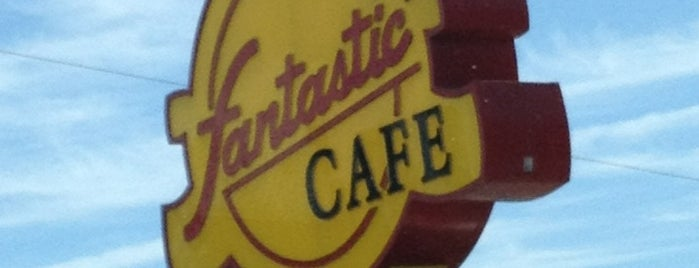 Fantastic Cafe is one of Davidさんのお気に入りスポット.