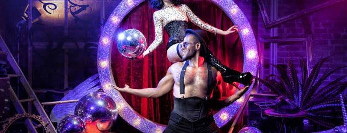 Magic Mirrors Spiegeltent is one of Locais curtidos por T..