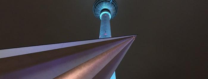 Alexanderplatz is one of Berlin - Lugares.