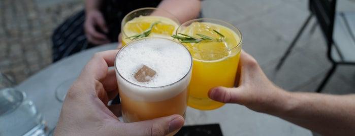 Bar Zentral is one of Locais curtidos por Gilly.