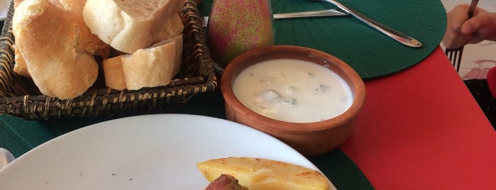 Bizim Cafe Zeynep'in Mutfağı is one of Kahvalti.