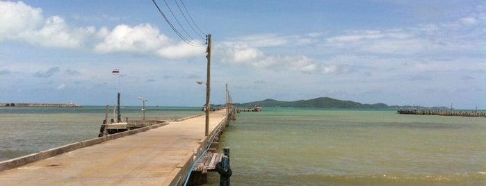 Speedboat to Koh Samet is one of Паттайя.