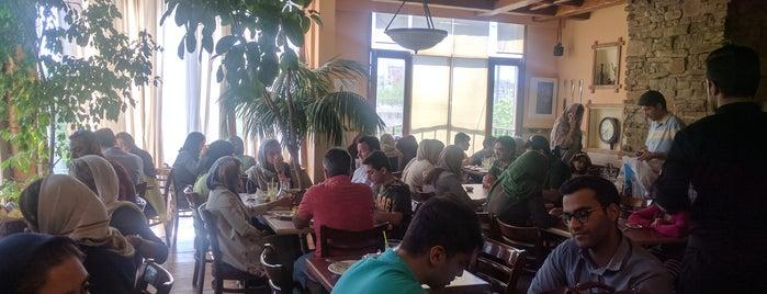 Brentin Restaurant | رستوران برنتین is one of Shiraz.