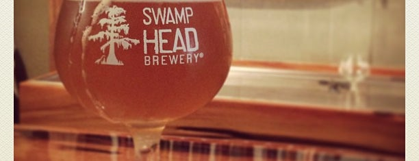 Swamp Head Brewery is one of Locais curtidos por Julie.