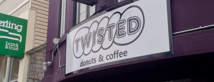 Twisted Donuts and Coffee is one of Orte, die Drew gefallen.