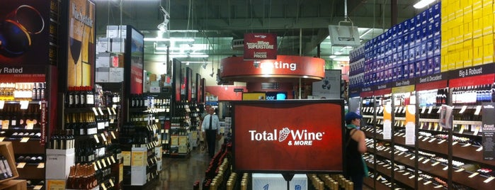 Total Wine & More is one of Enrique'nin Beğendiği Mekanlar.