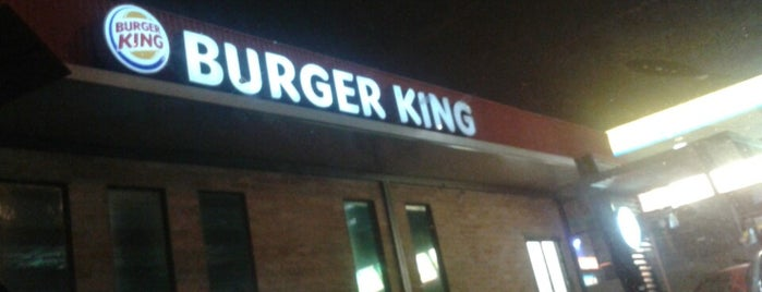 Burger King is one of Tempat yang Disukai Coimbra.