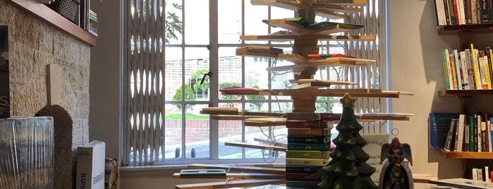 Libreria Wilborada is one of Lieux sauvegardés par HWO.