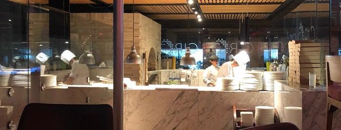 CIRCO Stone Oven Pizza • Bogotá is one of Francisco : понравившиеся места.