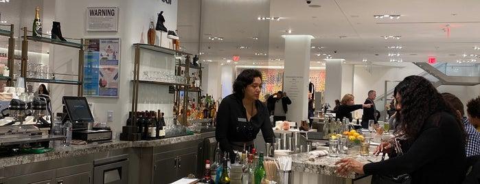 Shoe Bar is one of Lieux qui ont plu à Michael.
