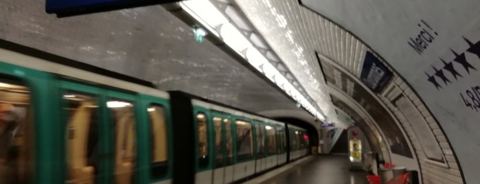 Métro Couronnes [2] is one of Went before.