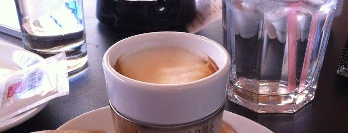 Supercaffé is one of Tempat yang Disukai Monika.
