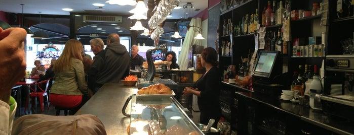 Cafeteria El Valle is one of Bar–Café en Vitoria-Gasteiz.