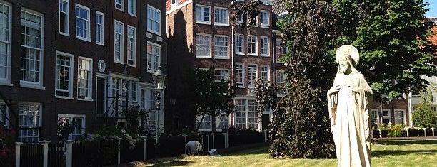 Begijnhof is one of Amsterdam.