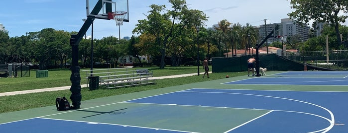 Flamingo Park Basketball Courts is one of Miami.