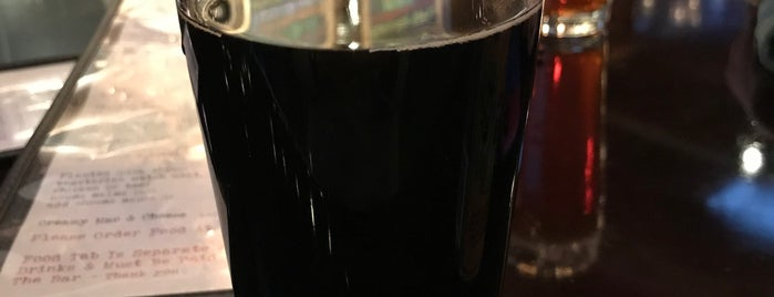 Charleville Brewing Company is one of Tempat yang Disukai Nicole 🌸.
