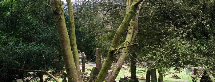 Smallcombe Cemetery is one of BB18.